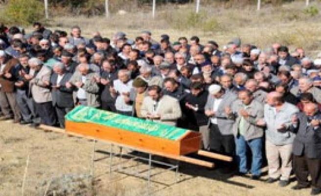 Ölen İşçi Tokat'ta Toprağa Verildi