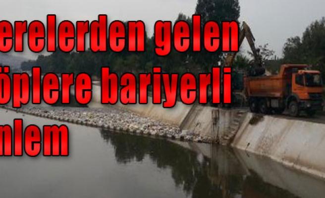 511 Ton Çöp Bariyere Takıldı