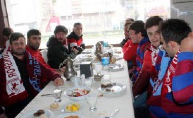 Trabzonspor Hazırlık Maçında Samsunspor'a 3-2 Mağlup Oldu