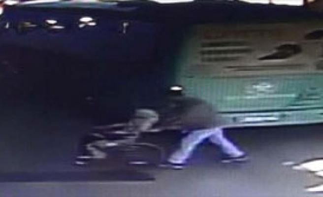 Otobüs Şoförü, Bayılan Yolcuyu Hastaneye Götürdü