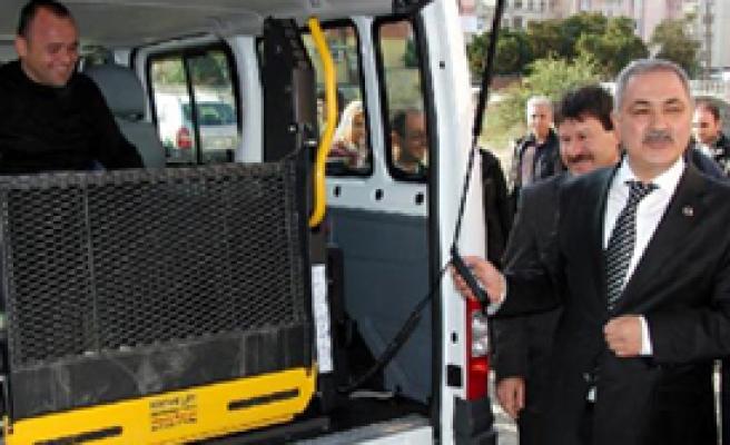 'Engelsiz Taksi' ile Engellilere Ücretsiz Ulaşım