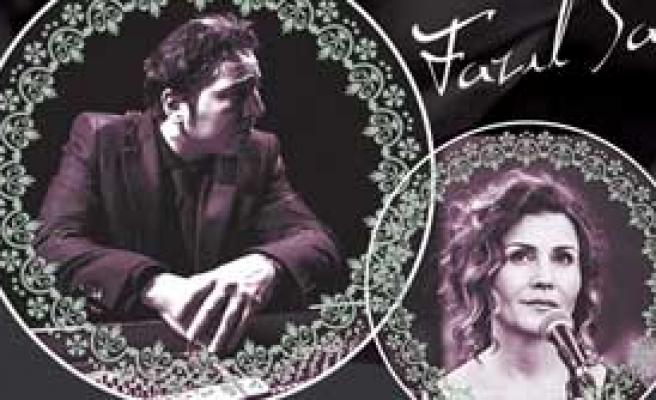 İzmir'de İlk Şarkılar
