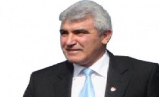 Yılın Akademisyeni Fedayi Aksoy
