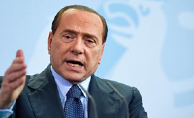 Berlusconi Aklandı!