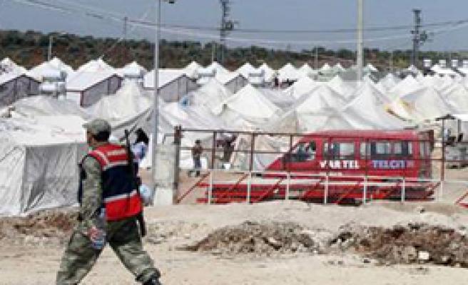 Suriyeli Albayı Çadırkentten Kaçıracaklardı