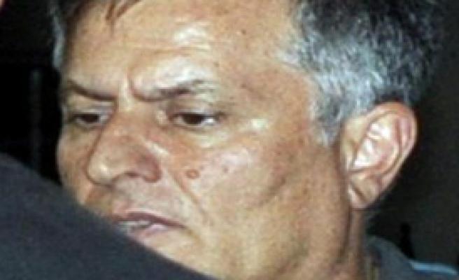 Darbe Girişiminden Gözaltına Alınan Albaya Tepki