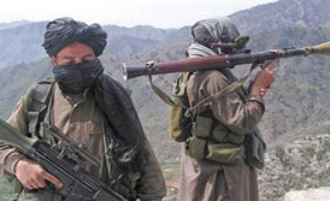 Taliban Bu Kez Banka Bastı