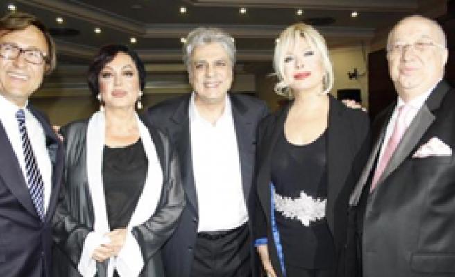 Altın Çınar Ödülleri Dağıtıldı