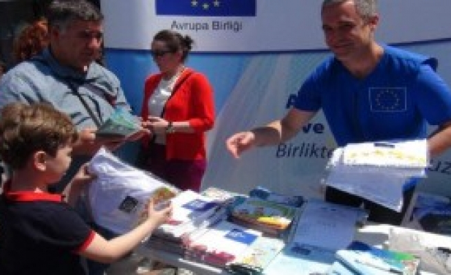 'Türkiye Vize Muafiyetinde Çok Yol Katetti'