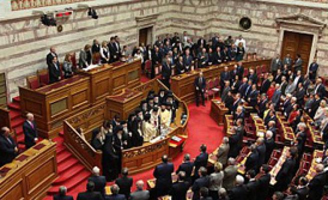 Yunanistan'da Erken Devir Teslim