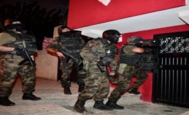 'Şafak Operasyonu': 6 Gözaltı