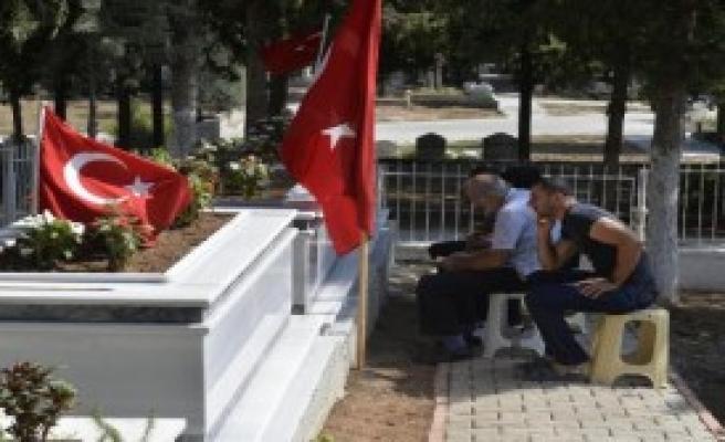 Adana'da Şehitler Unutulmadı