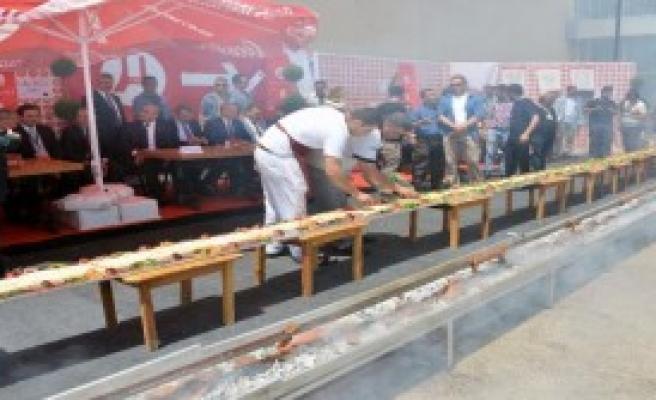 Adana'da, Yöresel Lezzetler Fuarı Açıldı