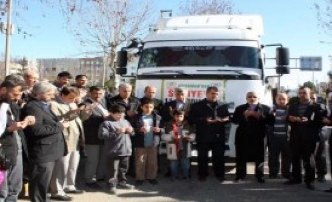 Adıyaman'dan Suriye'ye 2 TIR Yardım