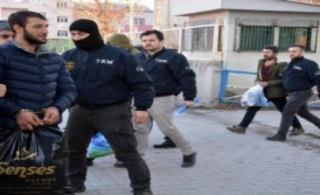 Ağrı'da Terör Propagandasına 8 Tutuklama