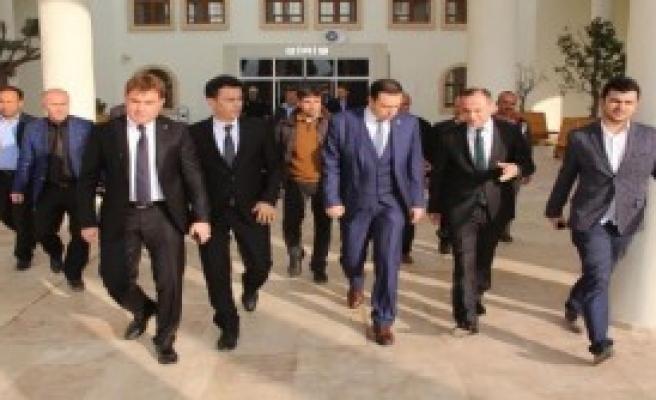 AK Partili Kaya'dan 6 İlçe Turu