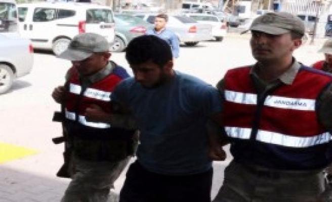 Akçakale'de Yakalanan PKK'lı Tutuklandı