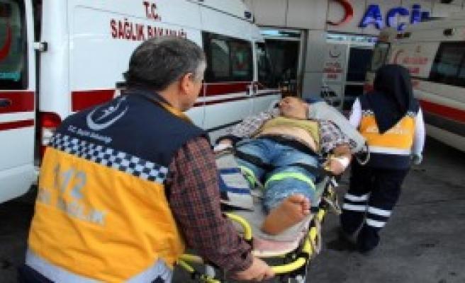 Akıma Kapılan 3 İşçi Yaralandı