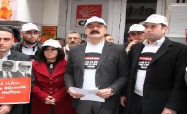 CHP'lilerden '17 Aralık' Eylemi