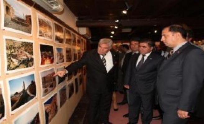 Amasya'da Mardin Konulu Sergi Açıldı