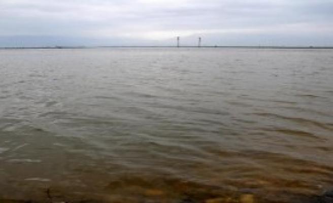 90 Bin Dekar Arazi Sular Altında Kaldı