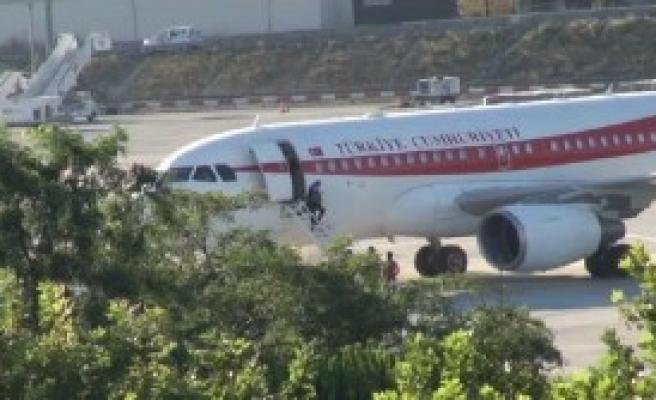 Ana Uçağı Yaklaşık 1,5 Saat Havalimanında Bekledi