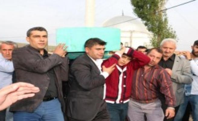 'Ankaralı Namık' Toprağa Verildi