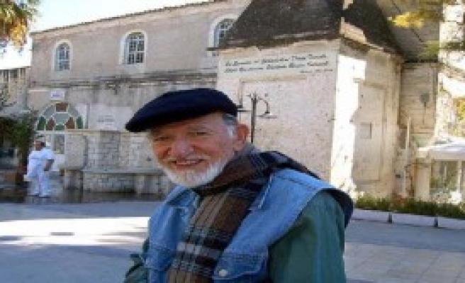 Ansiklopedik Sanatçı Hayatını Kaybetti