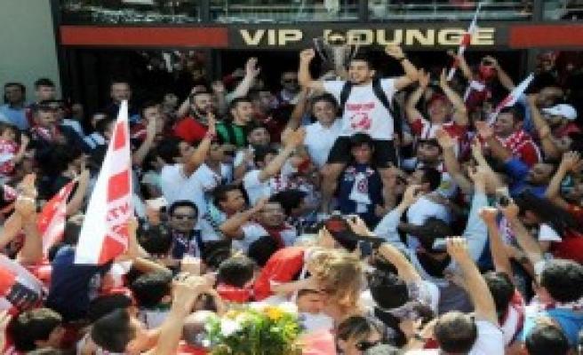 Antalya'da Süper Lig Coşkusu