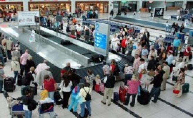 Turist Sayısı Yüzde 11 Düştü