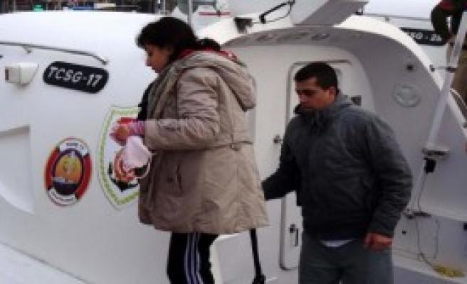 Ayvacık Açıklarında 52 Mülteci Yakalandı