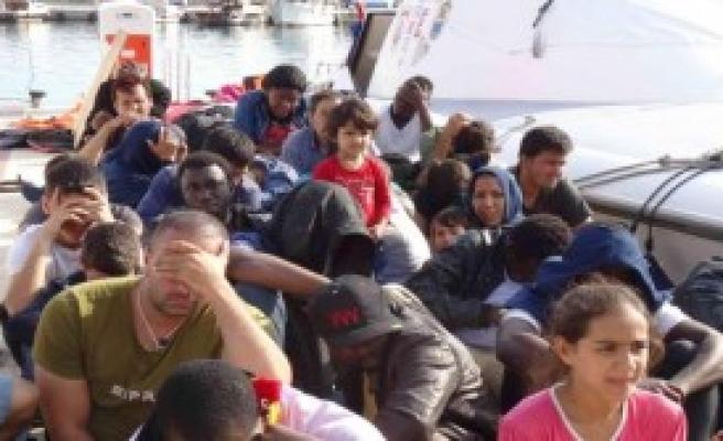 Ayvacık'ta 47 Kaçak Yakalandı