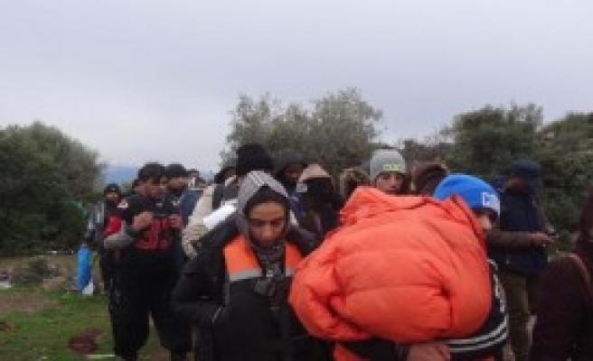 Ayvacık'ta 78 Kaçak Göçmen Yakalandı