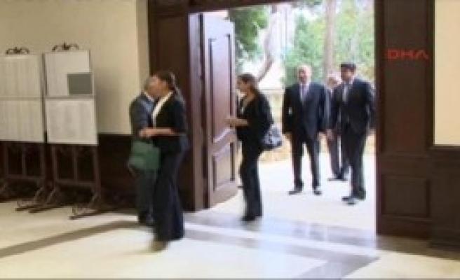 Azerbaycan Erken Seçime Gidiyor