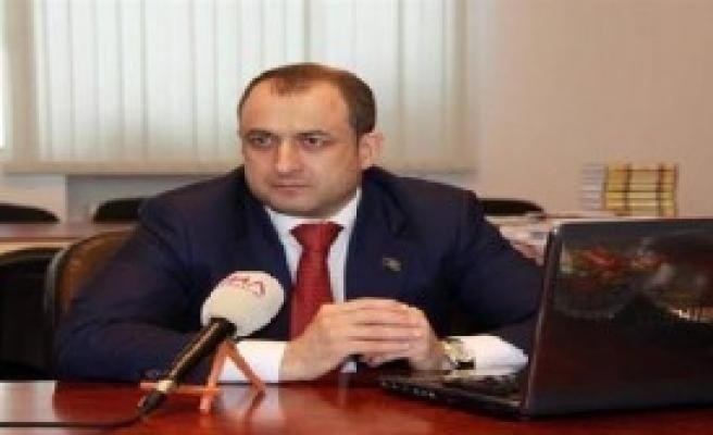 Azeri Vekilden Fatih Portakal'a Tepki