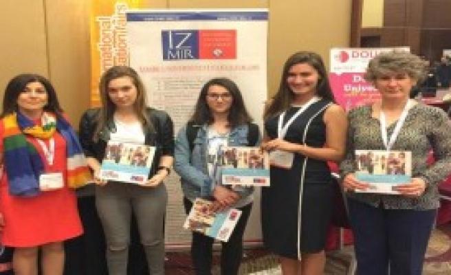 Azeri Öğrencilerden İzmir Üniversitesi'ne İlgi