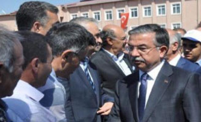 Sivas'ta Tarım Fuarı Açtı