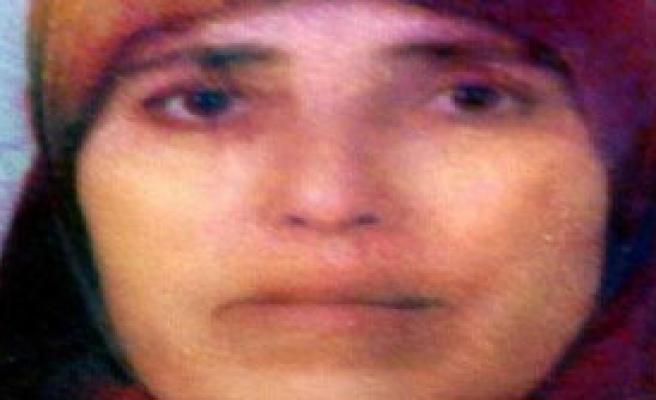 9 Aylık Kızını Bıçaklayarak Öldürdü