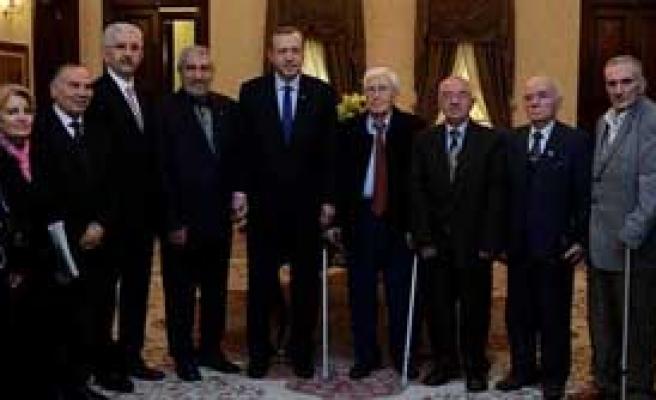 Erdoğan Yıllar Sonra Öğretmenleriyle