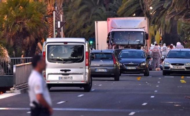 Taksiciler Sabaha Kadar Bedavaya Taşıdı