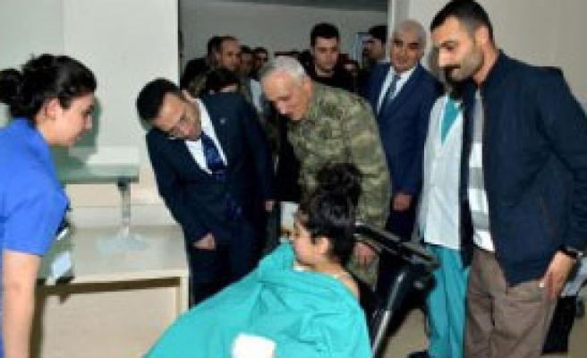 Vali Aksoy, Vatandaşları Ziyaret Etti