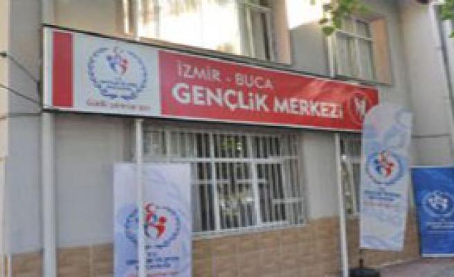 'Atatürk'ün İsmini Sildiler'
