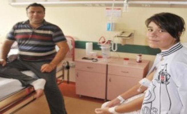 Baba- Kız Aynı Gün Ameliyat Oldu