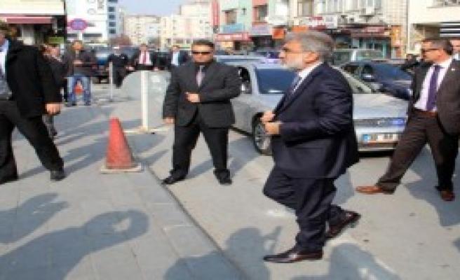 Bakan Yıldız Kayseri'de Cenaze Töreninde