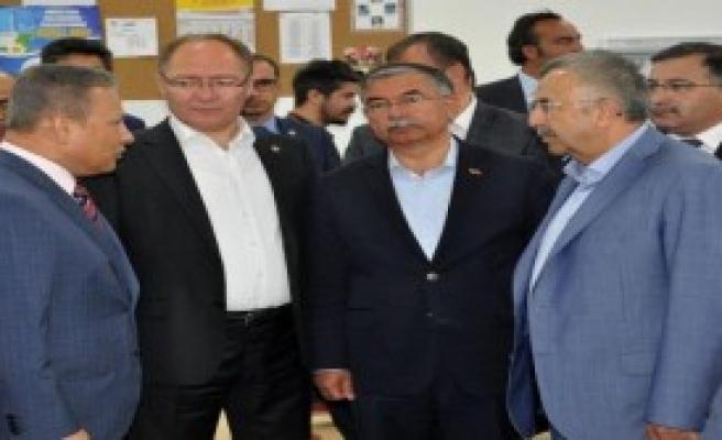 'Ak Parti Zayıflarsa HDP Birinci Parti Olur'