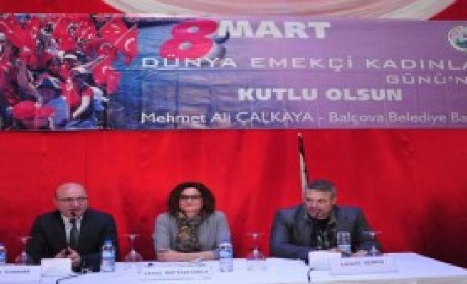 Balçova'da 8 Mart Paneli