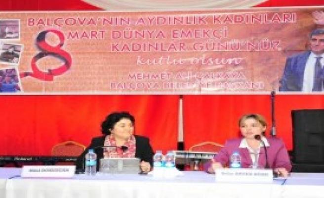 Balçova'da Kadınlar Söyleşide Buluştu
