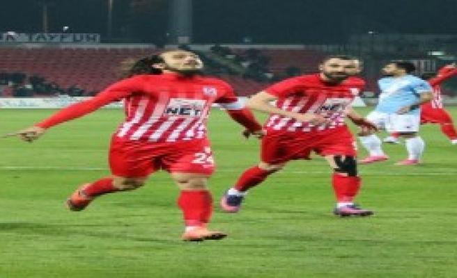 Balıkesirspor'da Skor İyi Futbol Kötü