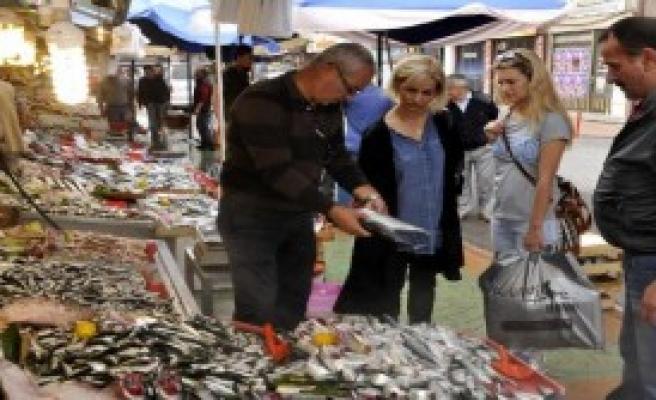 Bayram Balık Fiyatlarını Düşürdü