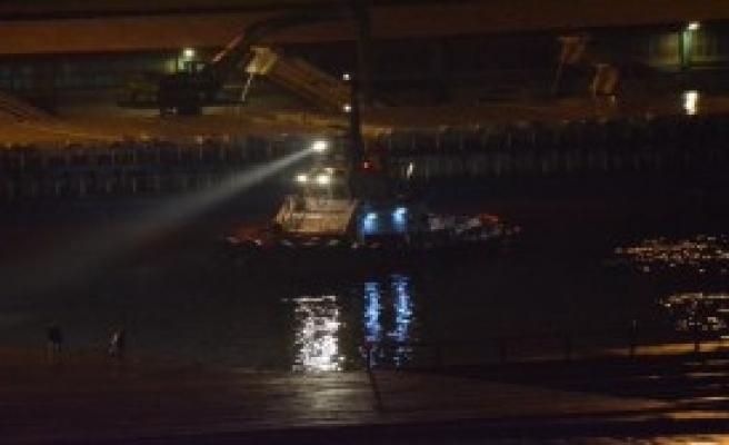 Otomobil Denize Uçtu: 3 Yaralı, 1 Kayıp